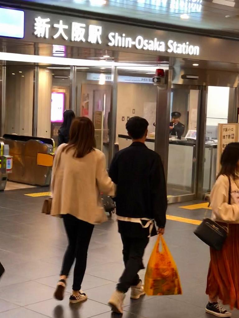 東海道新幹線 新横浜ー新大阪_a0384046_22580633.jpg