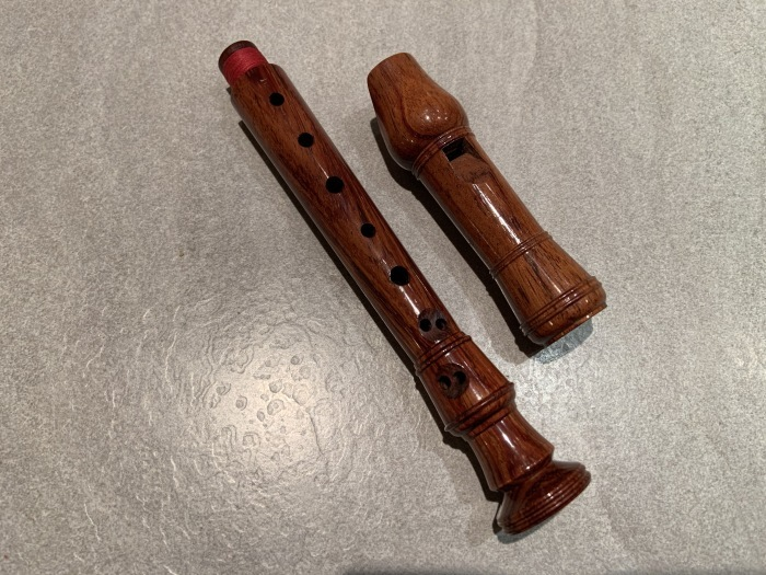 Küng, Sopranino a\'= 442Hz in rose wood/ キュング社製 ソプラニーノ a\'= 442Hz ローズウッド製_a0236250_22292581.jpg