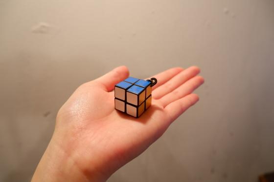 手のひらサイズのマジックキューブ_c0219051_16124783.jpg
