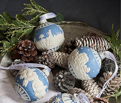 2019年 WEDGWOOD(ウェッジウッド)の素敵なクリスマスアイテムご紹介~❤_f0029571_01341541.jpg