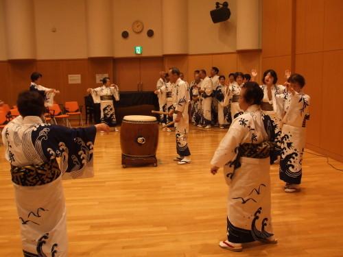 大潟区芸能祭『白の器』華やかに開催!_b0164376_11175152.jpg