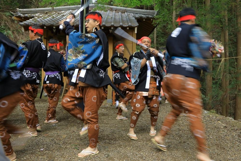 令和元年 正木の花取り踊り_a0057905_12022998.jpg