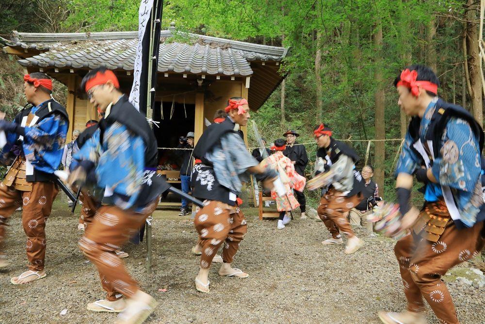 令和元年 正木の花取り踊り_a0057905_12031639.jpg