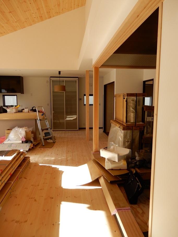 伊那市の設計事務所の家づくり  開放的なリビングがある家「工事監理 外構工事」_b0146238_15370225.jpg