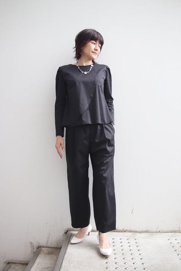 アシンメトリー タックスリーブシャツ ブラック (1911)_e0104046_23020122.jpg
