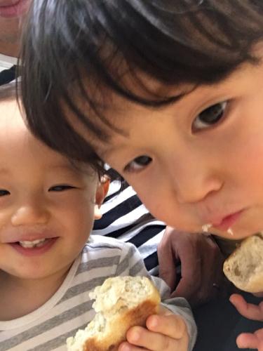 2019.11.15 パンが美味しいヨ_a0145471_08164029.jpg