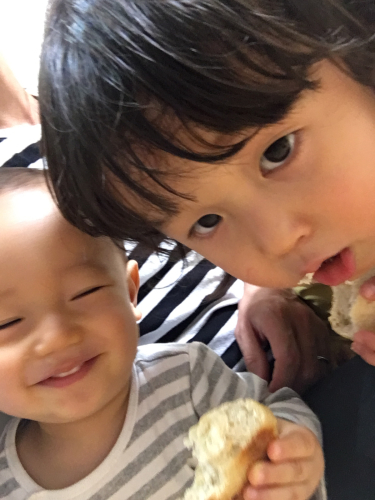 2019.11.15 パンが美味しいヨ_a0145471_08164650.jpg