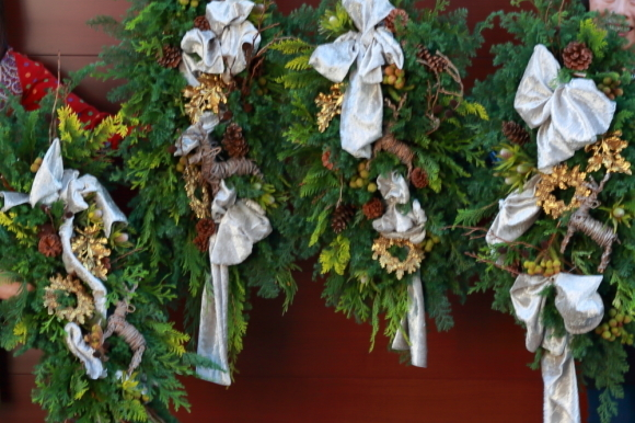 クリスマスレッスンはじまりました。生花~_c0156595_12080115.jpg