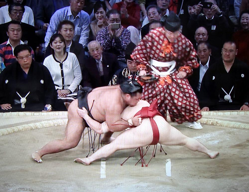 大相撲九州場所 炎鵬を応援_b0114798_17203511.jpg