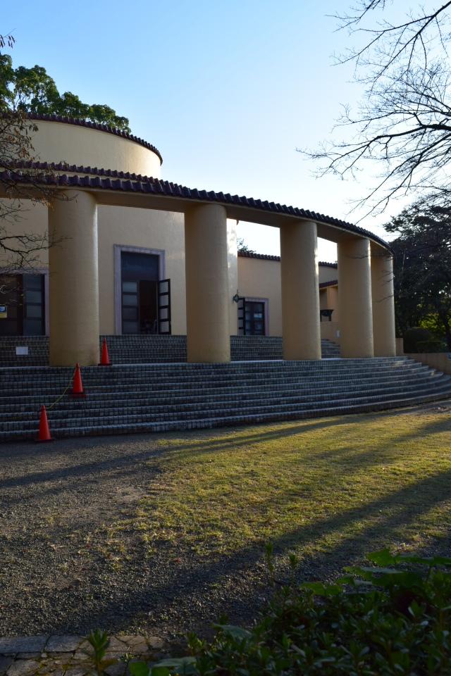 東京多摩市の旧多摩聖蹟記念館(建築家・関根要太郎作品再見)_f0142606_12222334.jpg