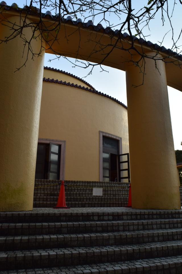 東京多摩市の旧多摩聖蹟記念館(建築家・関根要太郎作品再見)_f0142606_12260962.jpg