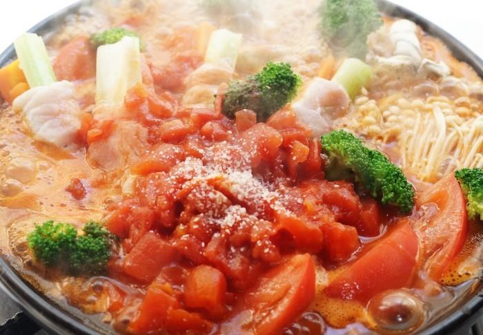 ■創味シャンタンで絶品鍋【豚肉のセロリ巻き入り イタリアントマト鍋】〆はパスタ♪_b0033423_18294278.jpg