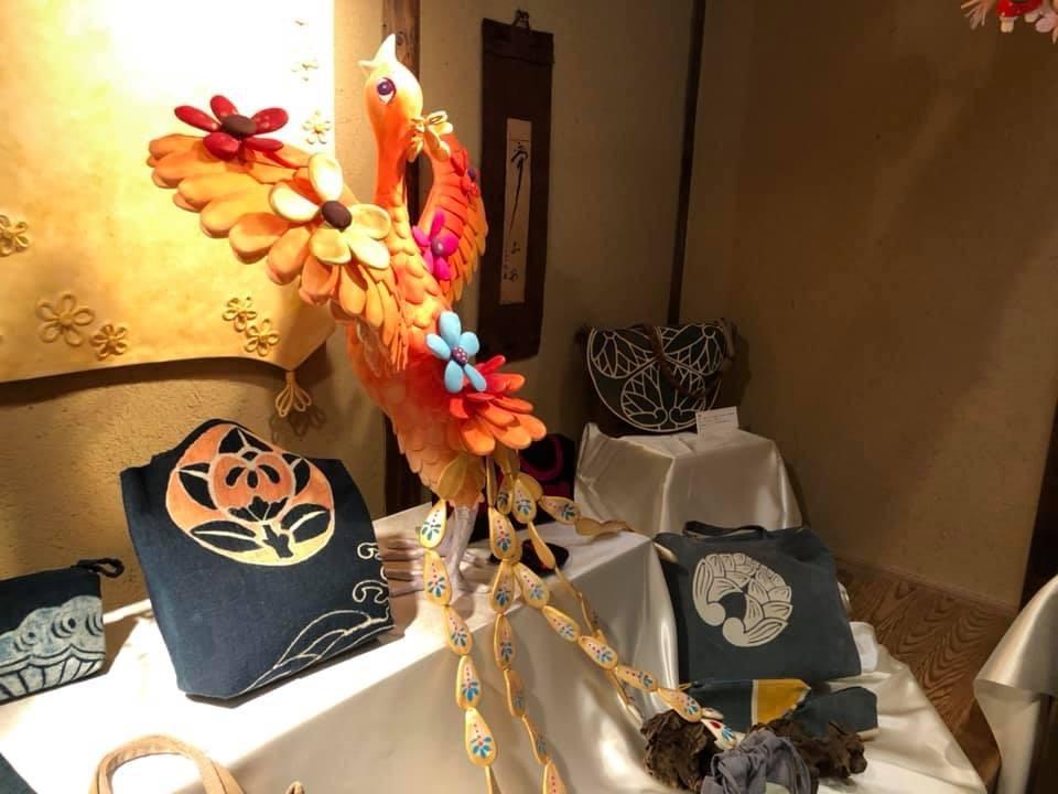 神戸酒心館 母娘コラボ展 「あのころはね 」_f0395434_22350150.jpg