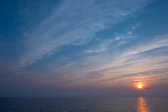 夏の思い出 ① 舞鶴から小樽へフェリーの旅_e0369736_09225330.jpg