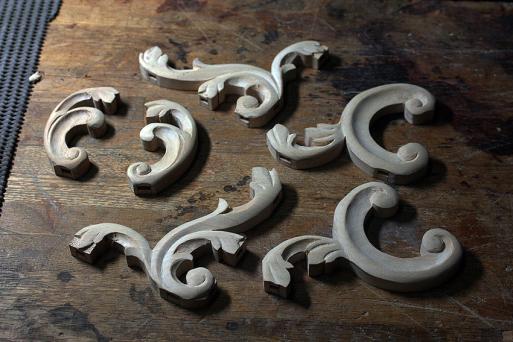 木製譜面台「チッペンデール・リラ・モデル」#1_e0064847_18022352.jpg