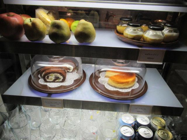 Cafe Patra カフェパトラ * 11月のパフェはラ・フランス♪_f0236260_01213691.jpg