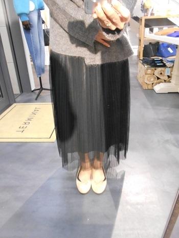 ニット+チュールプリーツスカート【TERMINAL】_e0193499_18202690.jpg