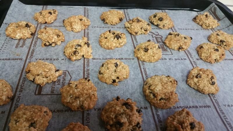 クッキーを焼きました_a0391707_22414066.jpg