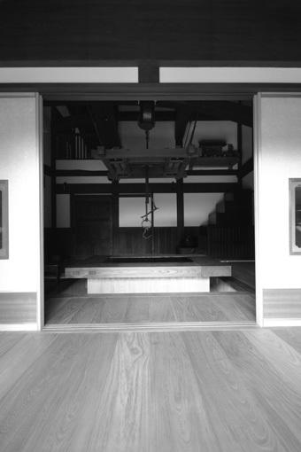 大町の家の竣工写真・その12_c0195909_08534568.jpg