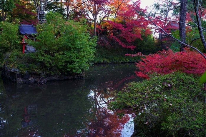 鍬山神社_e0177413_14083022.jpg