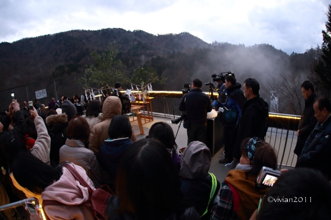 日光 華厳の滝ライトアップ2019 ~初めての試み~_e0227942_18110132.jpg