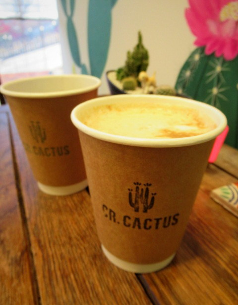 CR.CACTUS CAFE & ACCESSORY * 焼き立てパイをいただきに早速再訪!_f0236260_01271836.jpg