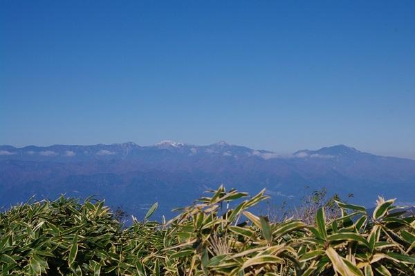 竜ケ岳(山梨県)_d0164761_08210454.jpg