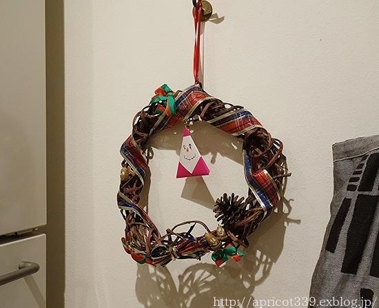 クリスマスツリーとリースを出しました_c0293787_22250231.jpg