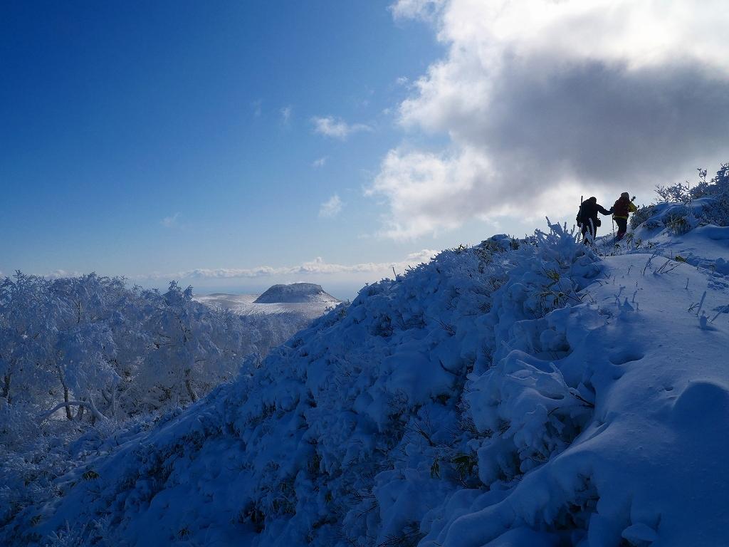 まるで厳冬期の風不死岳(1102m)、2019.11.17ー速報版ー_f0138096_16195400.jpg