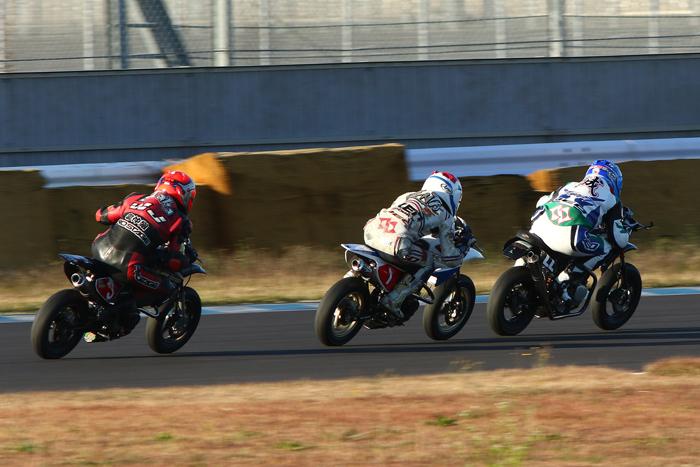 TC1000ミニバイクレース最終戦_d0067418_16104600.jpg