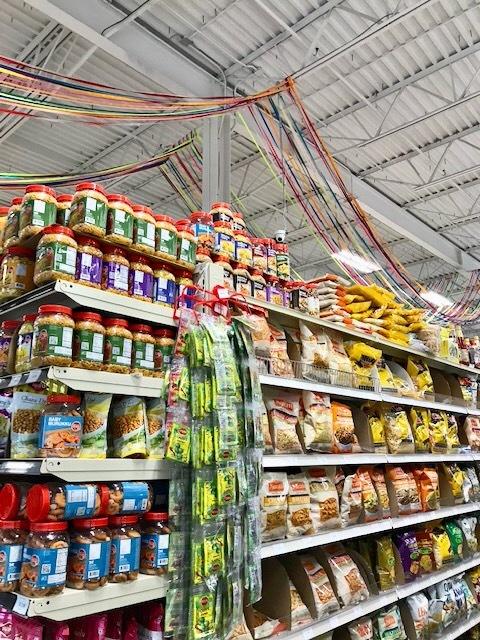 スーパーで買ったインドカレーで夕食 _d0269832_23162379.jpeg