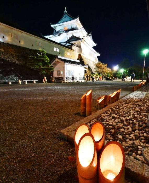 竹燈夜 お城 幻想的に  2019-11-20 00:00  _b0093754_21065484.jpg