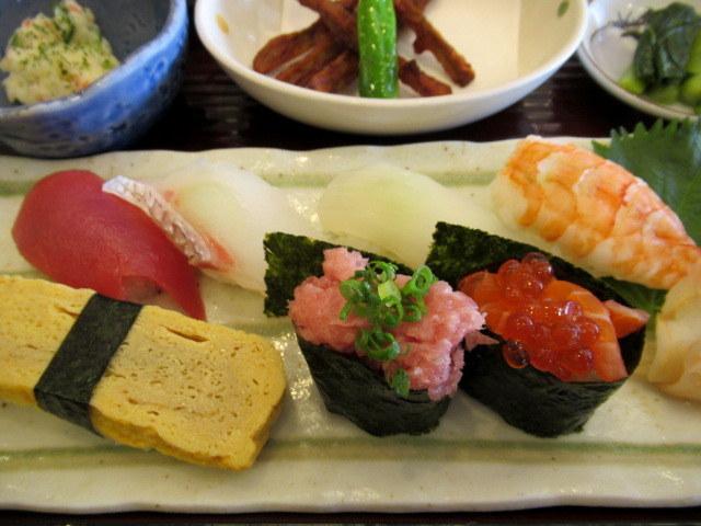 寿司・割烹 ひょうたん * メニュー豊富でコスパ最高!御代田のお寿司屋さん♪_f0236260_18101636.jpg