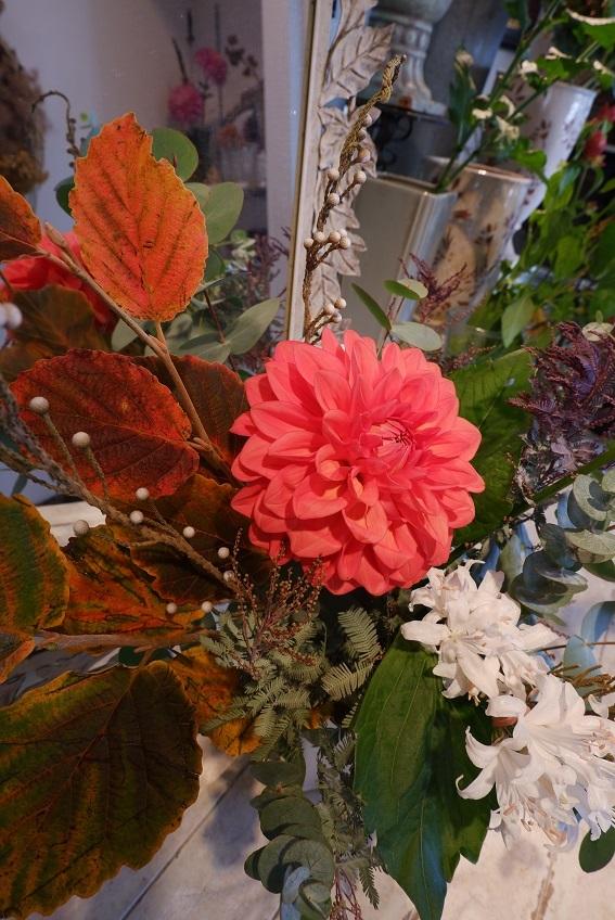 オークリーフ花の教室(須藤さんの作品)_f0049672_19164883.jpg