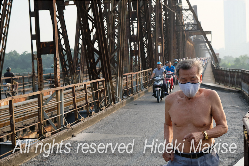 インドシナ周遊の旅 Ⅱ(5)ハノイ(3)ロンビエン遂に完結(2)鉄橋群像_c0122685_19333106.jpg