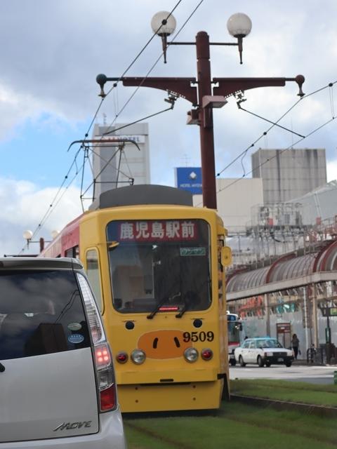 藤田八束の路面電車写真@鹿児島市電の路面電車、谷山駅から西鹿児島駅までの鹿児島市内を走ります。観光に最適な路面電車、ラッピングが楽しい路面電車_d0181492_23373906.jpg