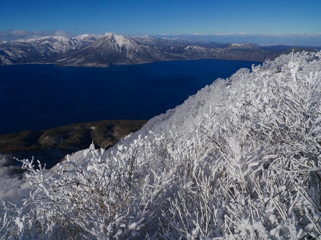 まるで厳冬期の風不死岳(1102m)、2019.11.17_f0138096_12162550.jpg
