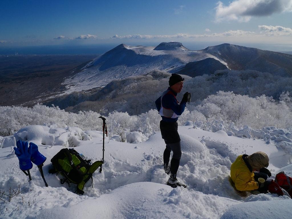 まるで厳冬期の風不死岳(1102m)、2019.11.17_f0138096_12163093.jpg