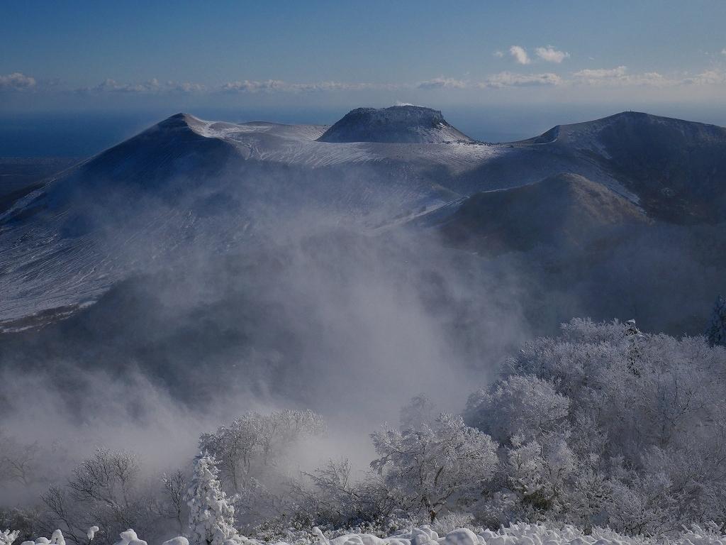 まるで厳冬期の風不死岳(1102m)、2019.11.17_f0138096_12163390.jpg