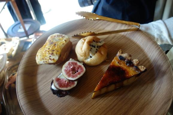 福岡2019 念願のパン屋のアマムダコタンさん_e0230011_17095859.jpg