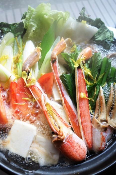 ■【早速頂き物で蟹すきです^^】娘婿殿のご両親が京都から蟹を直送して下さいました♪_b0033423_20455005.jpg
