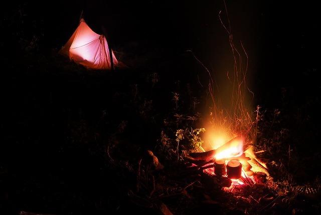 2019/9/25【奥美濃】行けども行けども金ヶ丸 ~ 深い森の闇を背に揺らぐ炎を見つめる ~_e0403837_22451497.jpg