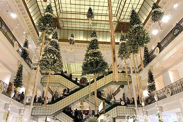 「ボン・マルシェ」のクリスマス_c0024345_23210428.jpg