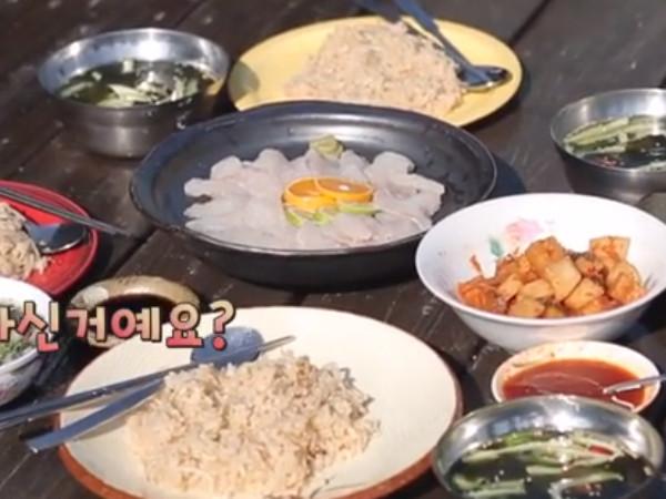 【コラム】三食ごはん 漁村編2 第8話 天然ワカメの冷たいスープ_c0152767_20063325.jpg