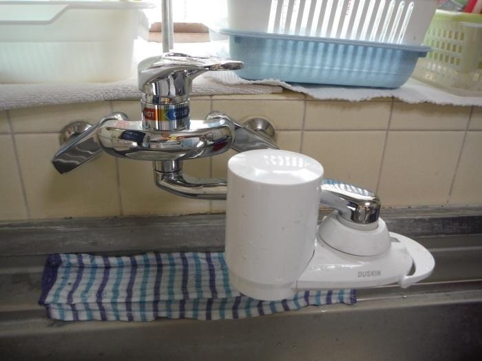 小工事 ~ キッチンと洗面台水栓取替え。_d0165368_03264458.jpg