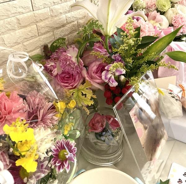 カリグラフィー教室のこと。ブログのこと。そしてお花を☆_b0165872_14425987.jpeg