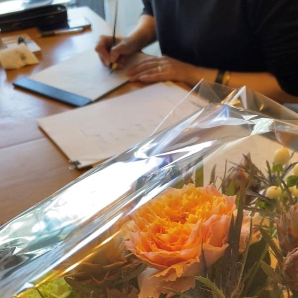 カリグラフィー教室のこと。ブログのこと。そしてお花を☆_b0165872_14433440.jpeg