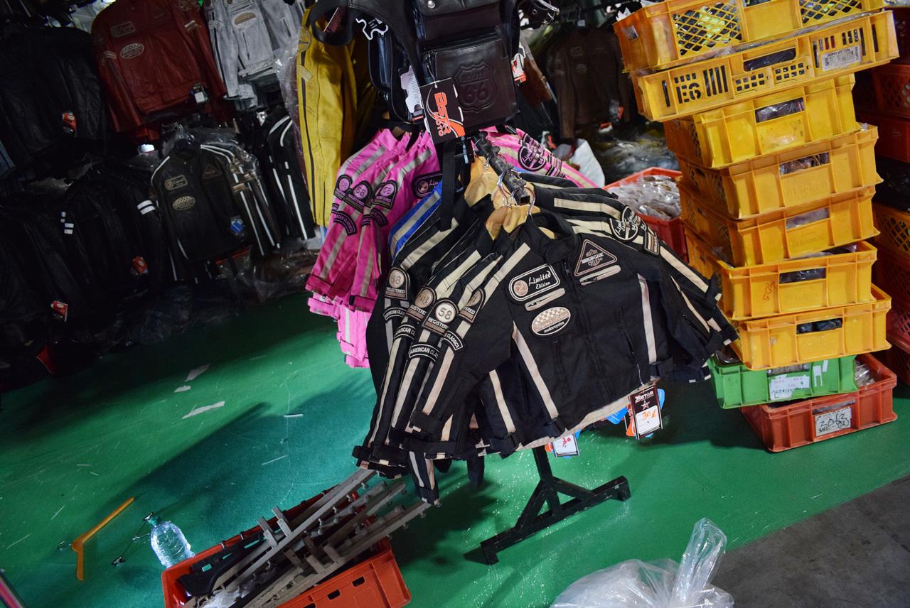 バイク天国☆イタリアの旅 EICMA会場の様子  その5(イタルジェット ITALJETブース等)_d0099181_16083329.jpg