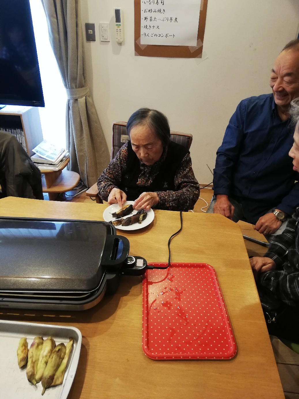1F 家族食事交流会_f0376200_11081827.jpg