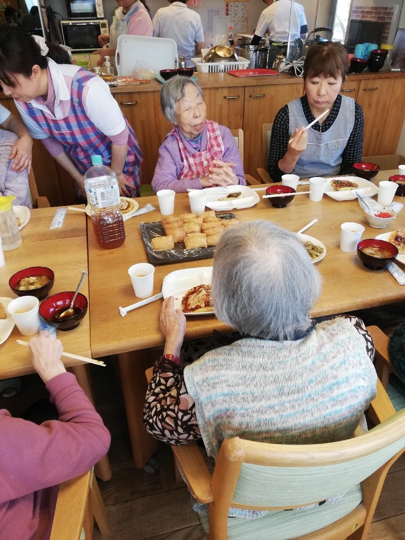 1F 家族食事交流会_f0376200_11084703.jpg